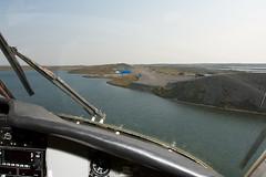 George Lake Esker (Jason Pineau) Tags: airplane aircraft aviation cockpit landing final dehavilland twinotter georgelake esker airtindi dhc6