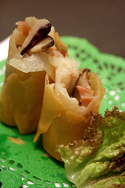Crispy bacon spring roll - 3pcs for HK$36