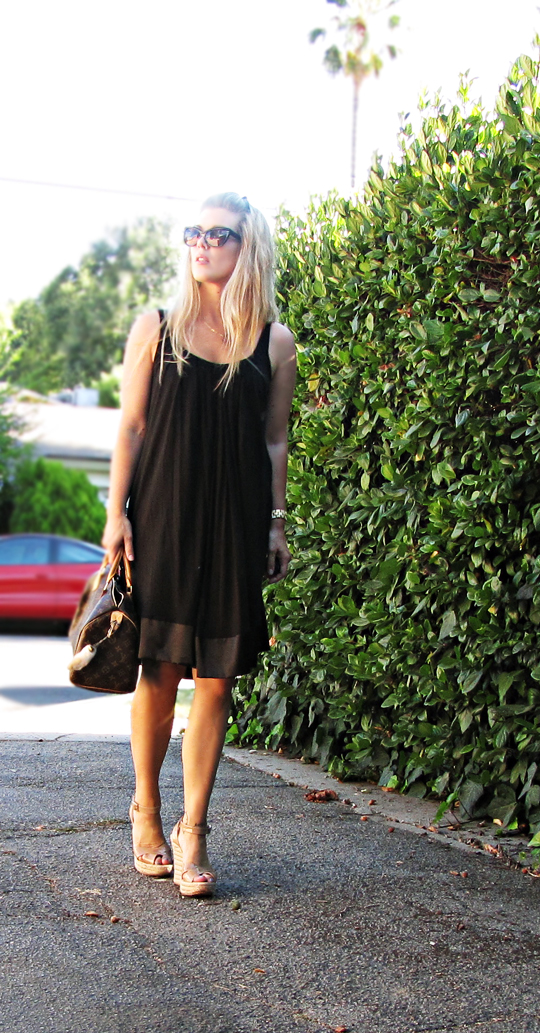 black sheeth dress-unbelted-jimmy choo espadrilles-louis vuitton speedy bag