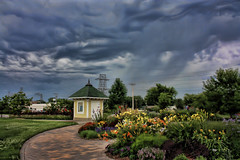 Stormy (Nicholas Ortloff Photography (Is Back)) Tags: outside minneapolis stormy thunderstorm storms hdr topaz cs4 minnehahapark photoshopcs4