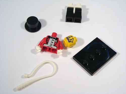 LEGO Collectable Minifigs Series 2 - Ringmaster