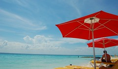 from the beach chair (Mattron) Tags: ocean sea beach mxico sand playa tropical umbrellas sombrilla tropics cancn islamujeres marcaribe quintanaroo caribbeansea yucatnpeninsula playanorte bahiademujeres
