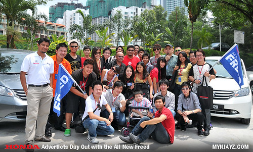 group pic - honda freed