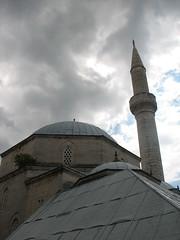 Mosque (Blaz Purnat) Tags: mostar mosque herzegovina hercegovina bosniaandherzegovina bosnaihercegovina bosnahersek bosnainhercegovina bosniayherzegovina bosnieherzgovine bosnienundherzegowina erzegovina herzegowina hersek hercegowina herzgovine moeja