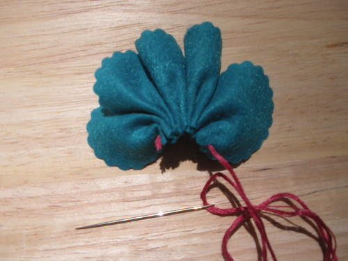 Felt Flower Tutorial 4
