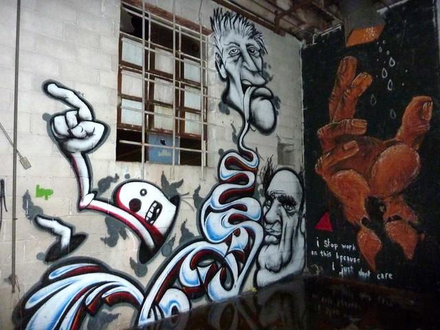 P1030390-2010-08-14-Living-Walls-Opening-EyeDrum