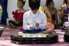 Summer School Show 2010, Wat Mongkolrata (heart_of_au) Tags: ltm boy music canon tampa florida performance 100mm thai f2 leicascrewmount leicathreadmount palmriver canon100mmf20ltm watmongkolrata nex3 sonynex3 canon100mmf2ltm