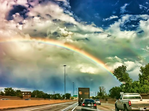 27 of 52 [2010] - Rush Hour Rainbow - HDR (iPhone4)
