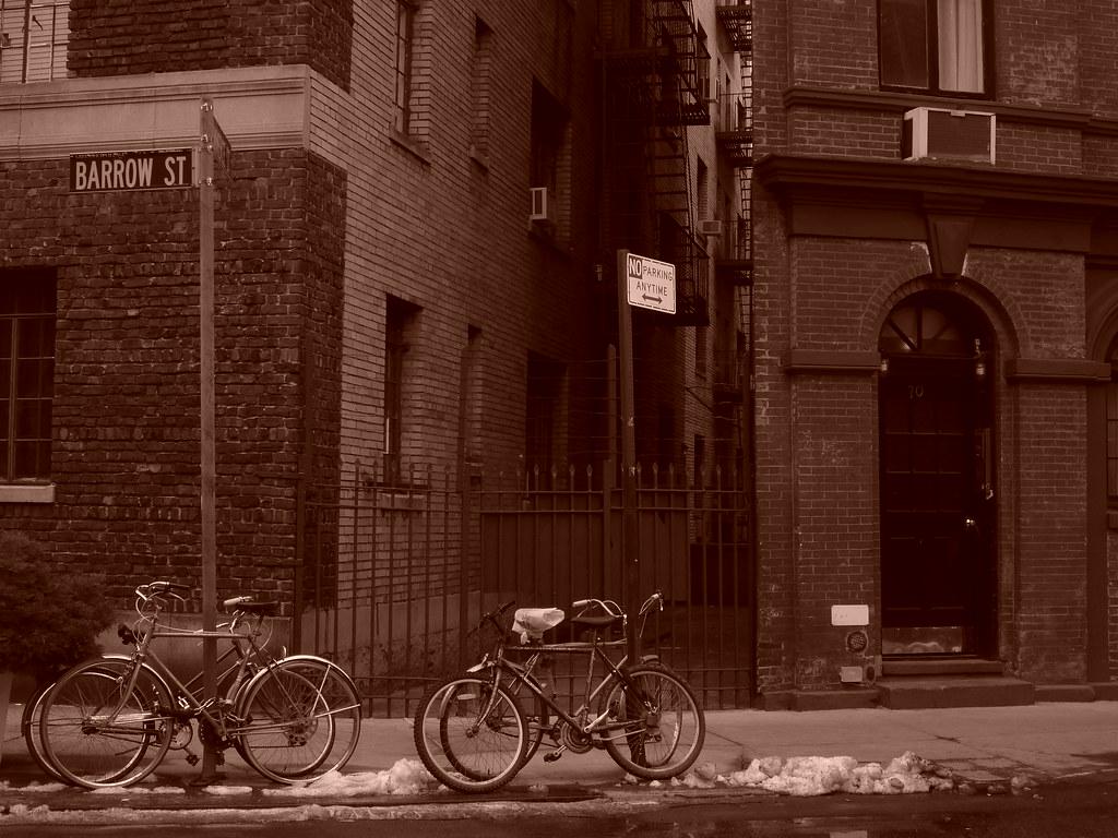 bikes on barrow street