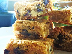 chewy, chunky blondies - 15