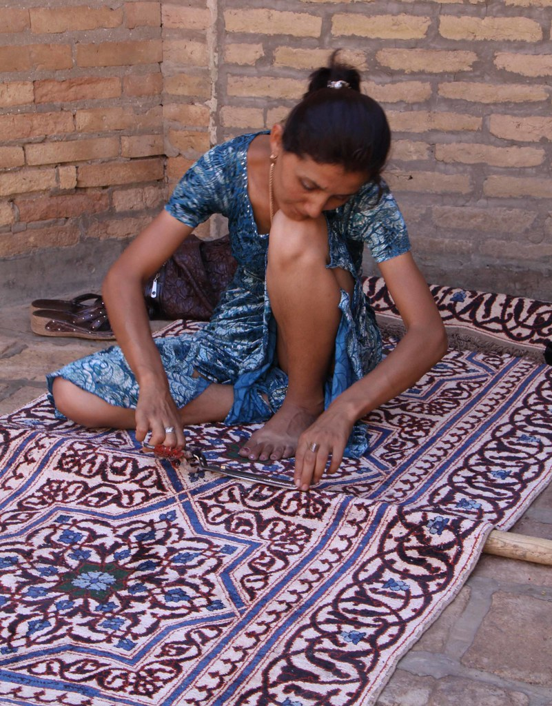 Silk carpet trimming, Khiva