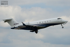 N526FX - 20118 - Flexjet - Bombardier BD-100-1A10 Challenger 300 - Luton - 100621 - Steven Gray - IMG_5611