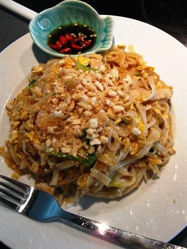 Singlish Swenglish Pad Thai