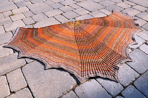 Larix shawl finished