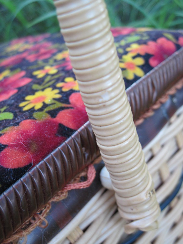 Sewing basket handle