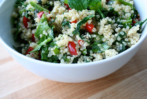 Kale, Quinoa & Fresh Strawberry Salad With Minneola Vinaigrette ...