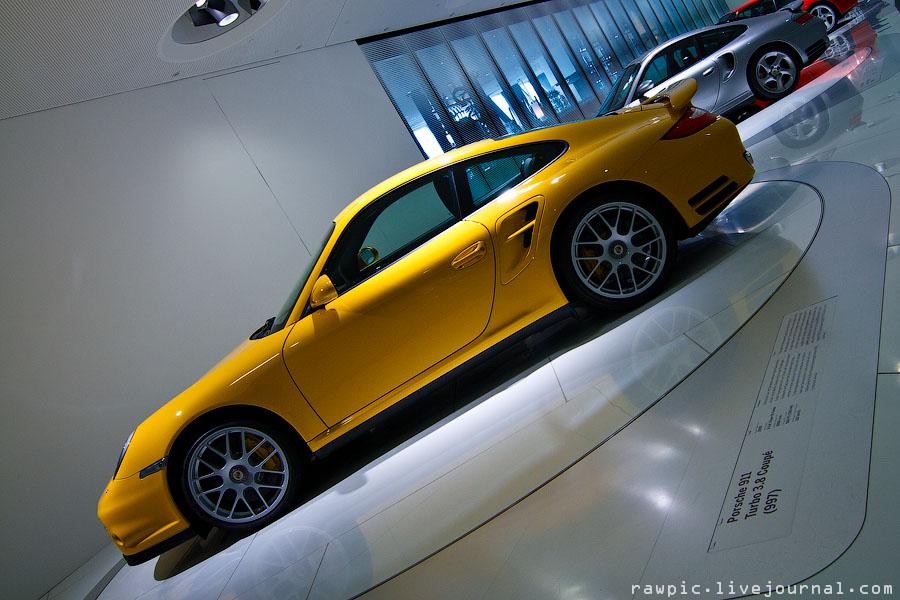 Porsche_museum104