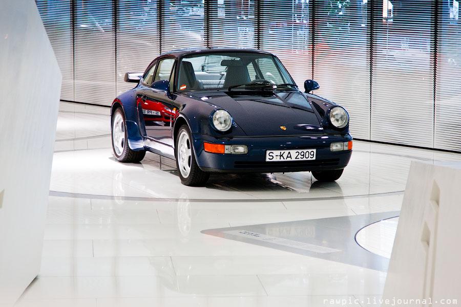 Porsche_museum195