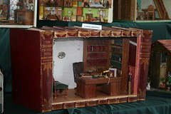 Book Roombox by Lydia Brophy