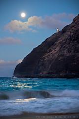 Makapu'u Super Harvest Moonrise (Rex Maximilian) Tags: ocean sea cliff lighthouse beach hawaii sand waves pacific oahu moonrise shore harvestmoon makapuu kaiwi superharvestmoon