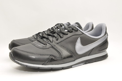 Womens Nike Eclipse II - Black Leather