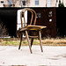Der schiefe Stuhl