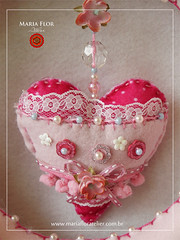 Detalhe do Corao (mariafloratelier2) Tags: baby doll bonecas babies rosa felt corao beb feltro jardineira minirosa portamaternidade jardimdasbonecas