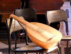 Lucidarium Ensemble - Laute (AnnAbulf) Tags: fvg fjv friauljulischvenetien friuliveneziagiulia gorizia görz konzert concerto lucidariumensemble fink enricofink synagoge sinagoga laute liuto instrument strumento stühle serie