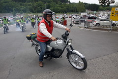 IMG_9359 (Christophe BAY) Tags: mobyltettes francorchamps 2017 rétromobile club spa circuit moto vespa camino flandria
