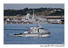 20170704_08197_brest_y777_bateau_1200px (ge 29) Tags: bretagne breizh brest finistere bateau ship boat port harbour marine nationale french navy y777 gpd