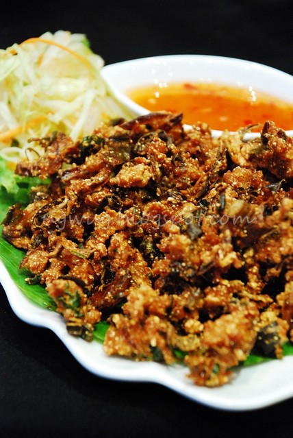 Thai Herbs Minced Chicken