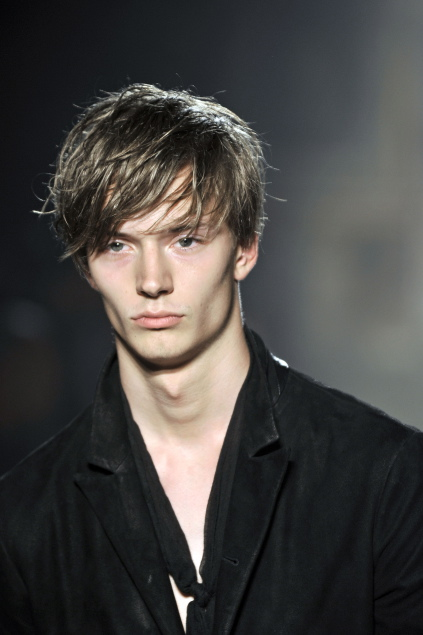 Linus Gustin3112_SS11_Milan_John Varvatos(first VIEW)