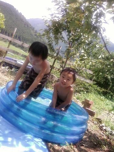 田舎通信届く「水浴び」