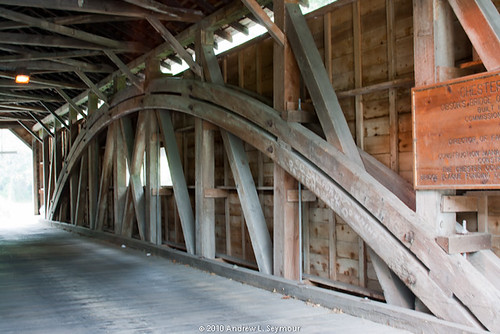 Gibson-Harmony Hill Covered Bridge 015 (Long Interior View)