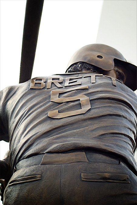 royals game 2010 george brett statue