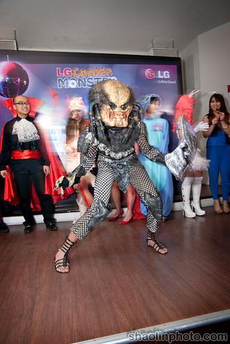 AWESOME Predator Costume