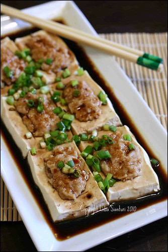 Steamed Tofu w/ Soy sauce