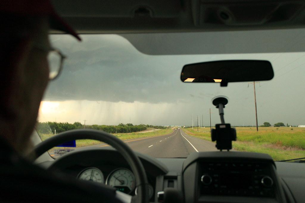 傳說中的暴風雨  真的很可怕~ㄎㄎ