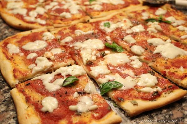 La Pizza Kitchen Murders
