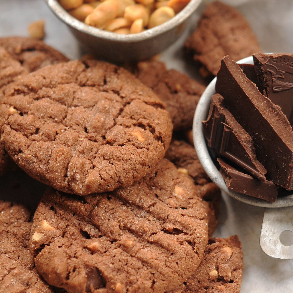 Choc Peanut Butter Cookies_post lg square