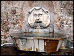 Roma termale (emilius da atlantide) Tags: travel italien italy roma italia viaggio italie contrasti complessit metropoli vacanzeromane emilius