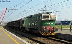 DE.520 con il merci per Fossano in transito a Torino Lingotto. (FerioD443) Tags: torino merci treno lingotto treni de520