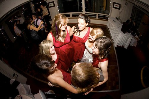 bridal party huddle