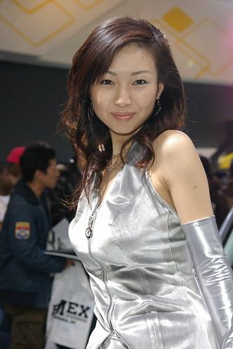 【アーカイブズ】2007東京オートサロン マツダ・ブースのお姉さん画像