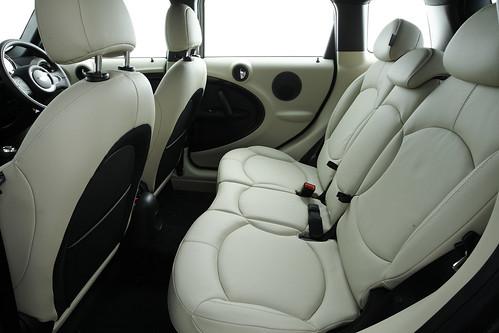 MINI Countryman with Leather Lounge Polar Beige