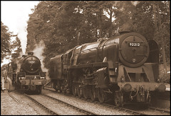 Riddles & Stanier. (Kieran H) Tags: br holt lms northnorfolkrailway britishrailways riddles georgestephenson nnr 9f stanier 92212 black5 44767
