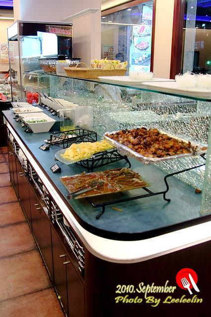 三峽沙拉吧吃到飽-白甘蔗涮涮鍋