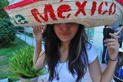 VIVA MEXICO! II (The girl with the big, big eyes.) Tags: color méxico colore longhair mexican sombrero vivamexico sboca