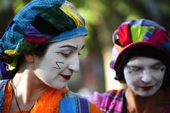 (1-2-3 cheese) Tags: color nikon candid clown streetphotography marylandrenaissancefestival streetshot travelphoto d700 chuplen nikond700 mlrf