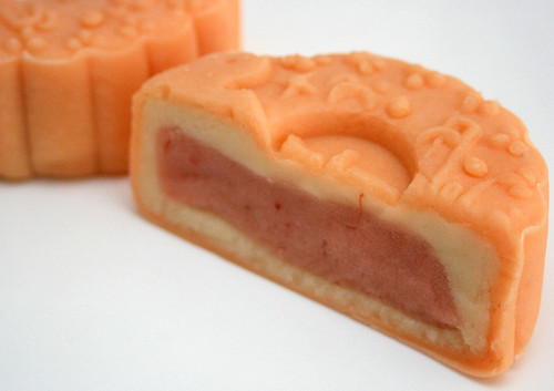 Hibiscus strawberry snowskin mooncake
